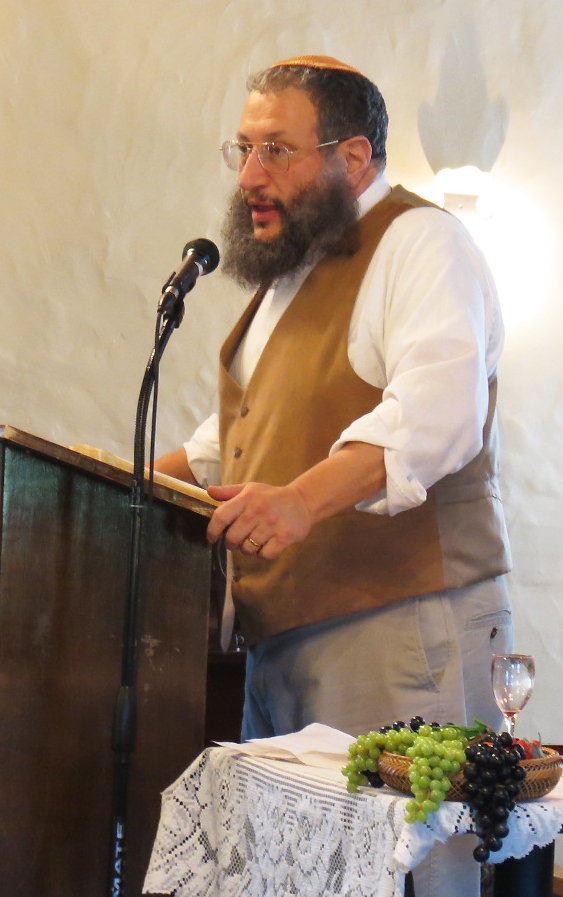 Mottel Baleston teaches at Messianic Jewish Congregation