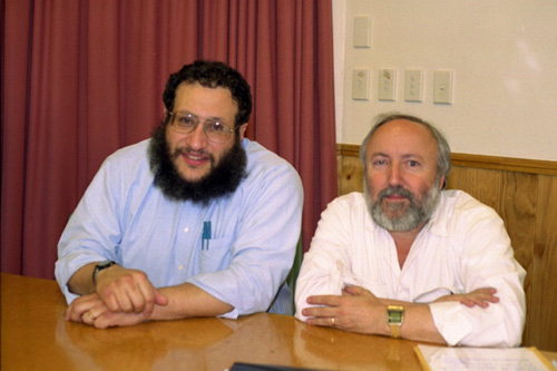 Mottel Baleston and Arnold Fruchtenbaum at Messianic Conference 2001